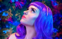 katy_perry_blue_470x300