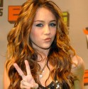 miley-cyrus-peace-400a052107