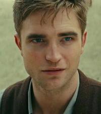 Robert-Pattinson-in-Water-for-Elephants-movie-still-no-1