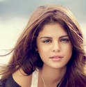 teen-vogue-september-2012-selena-gomez-32036444-500-333