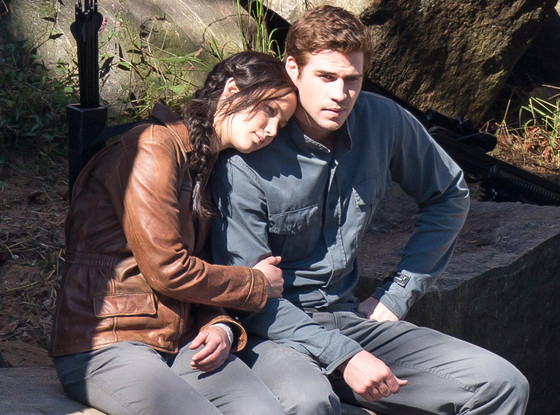rs_560x415-131001131132-1024.Jennifer-Lawrence-Liam-Hemsworth-Hunger-Games.ms.100113_copy